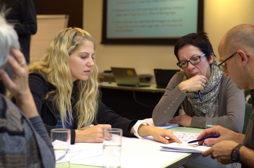 AEVO: Lernen in kleinen Gruppen bei den Bildungsagenten